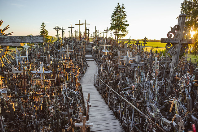 Hill of Crosses | Kryžių kalnas | Lithuania
