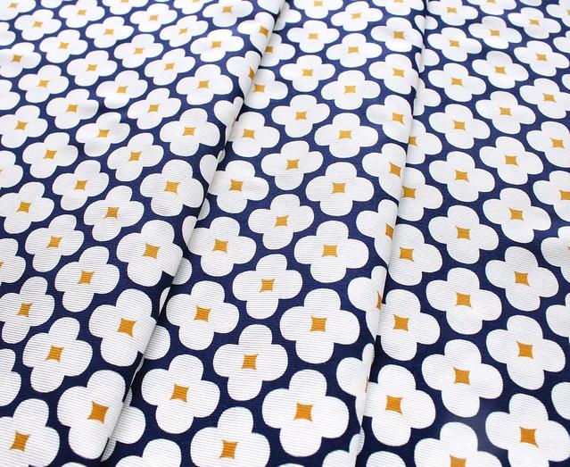 Cloud9 Fabrics Spring Quartet 162412 Floret Dark Navy コーデュロイ