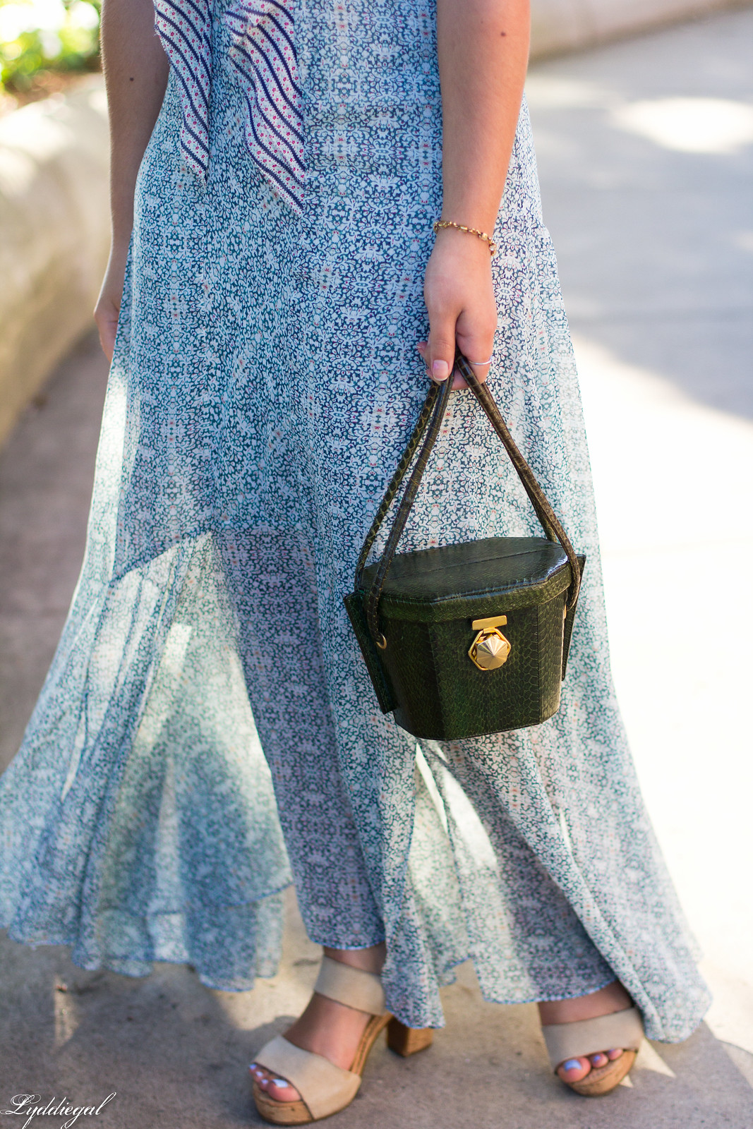 floral print maxi dress, green snakeskin box bag-4.jpg