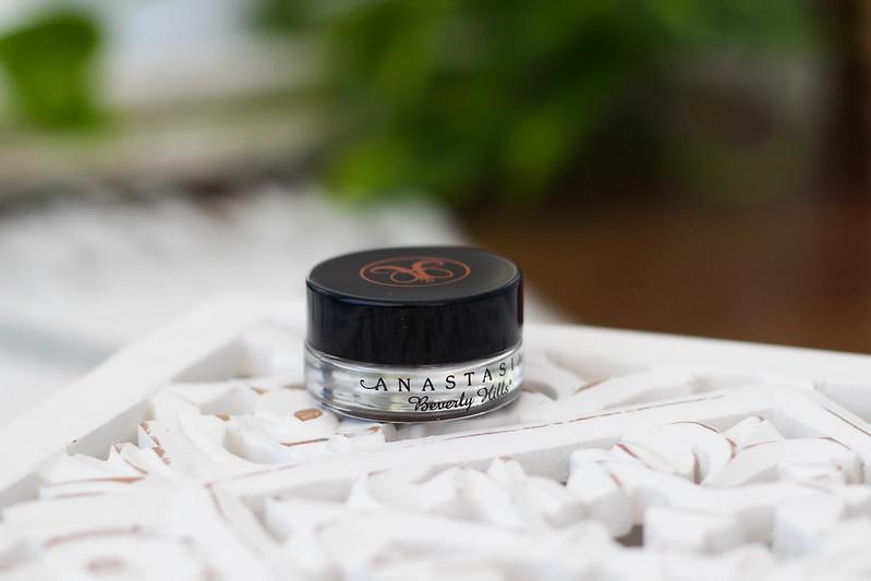 Parhaat kosmetiikkatuotteet blogi anastasia