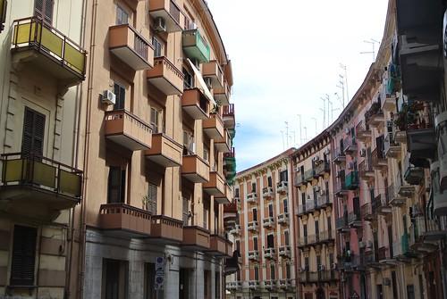 Via Duca di Genova