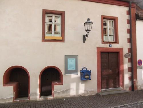 Brot- und Fleischbänke am alten Rathaus von Creußen