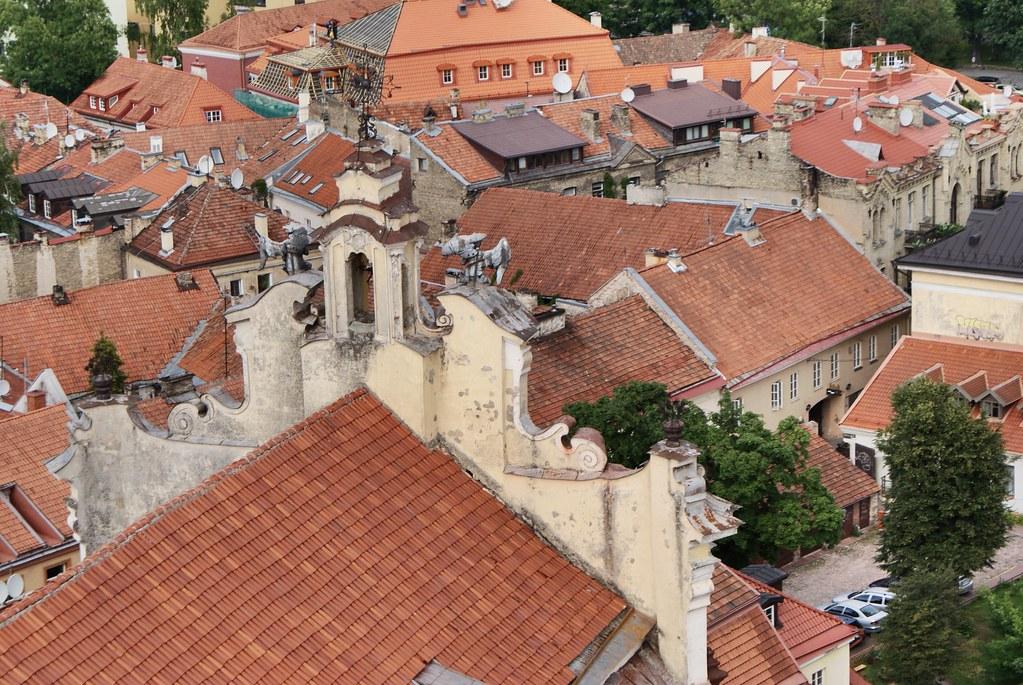 Vue depuis l'église Saint Jean sur le quartier de la Vieille Ville de Vilnius