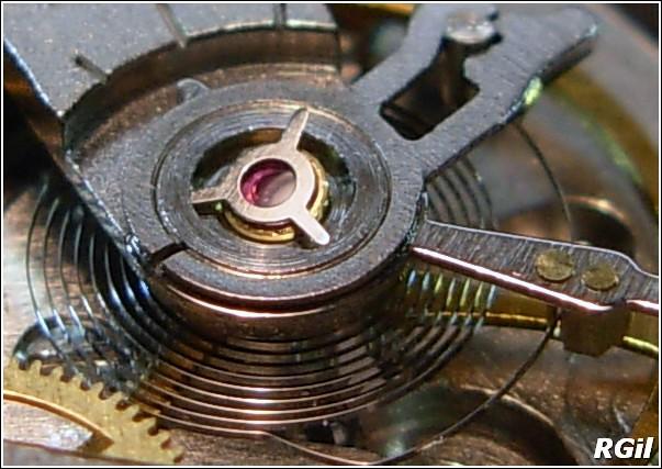 Ce qu´il y a dedans d´une Vostok Amphibia, avec des photos. 35979548065_43e905ff8d_z