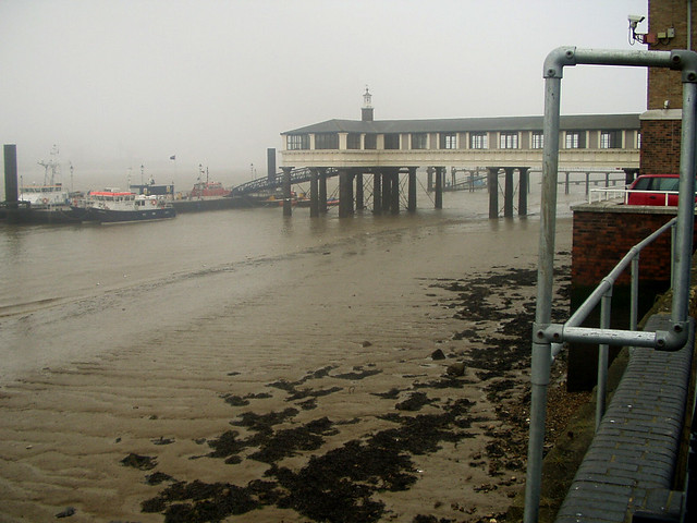 Royal Terrace Pier, Gravesend