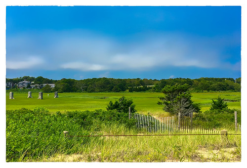 2017 0717 capecod friday large fence chatham massachusetts unitedstates us