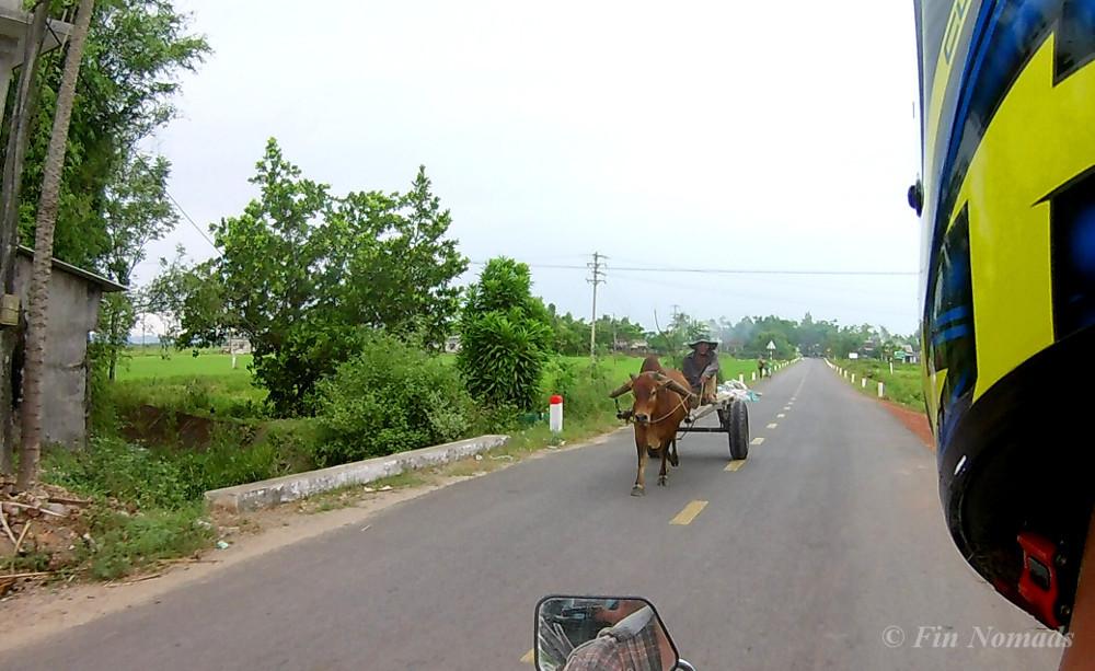 moottoripyörällä Vietnamissa