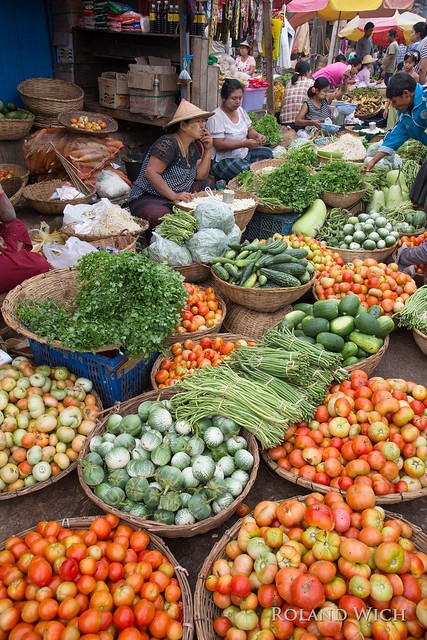 Hpa An Market