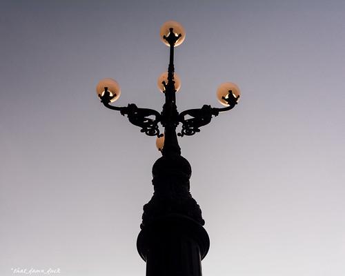 southcarolinastatehouse lamppost sunset sundown globes dusk