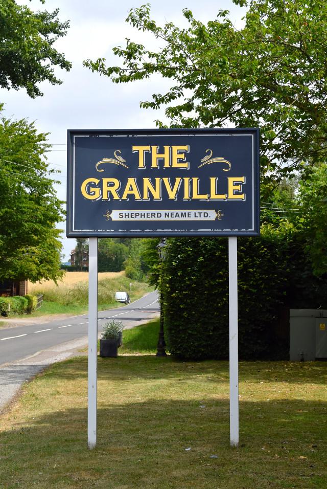 The Granville, Canterbury | www.rachelphipps.com @rachelphipps