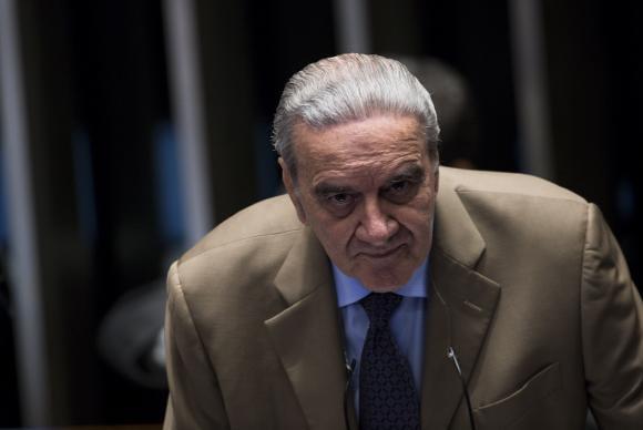 """Belluzzo: """"Lava Jato e Carne Fraca produziram 5 a 7 milhões de desempregados"""""""