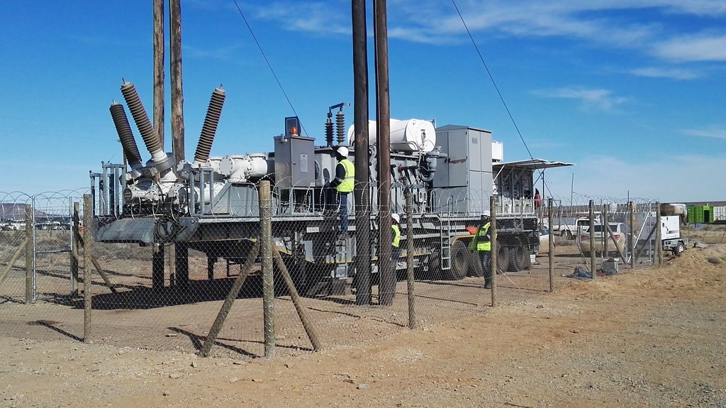 Loeriesfontein wind farm connects mobile transformer for early grid connection