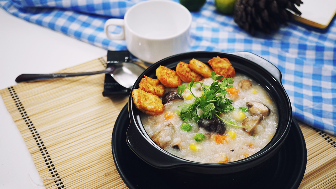 Vegetarian Mushroom Porridge – Healthy and Easy Breakfast