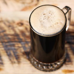 Echo Maker Roggenbier -- 5.4% ABV. #Roggenbier is a traditional dark German style containing a high content of rye. Spicy and rich dark malts provide the foundation of this beer, balanced by a hint of kola nut and a light, crisp finish. Try it all weekend