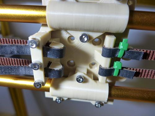 安裝X/Y軸傳動皮帶