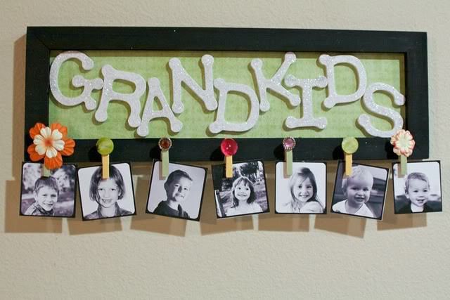 DIY Grandkids Picture Sign