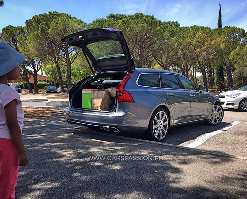 volvo-v90-inscription-roadtrip-vacances-france-cote-azur