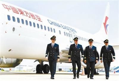 数量已超千人中国航空公司靠啥吸引外国飞行员