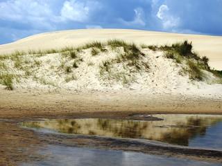 4762ex  reflected dunes