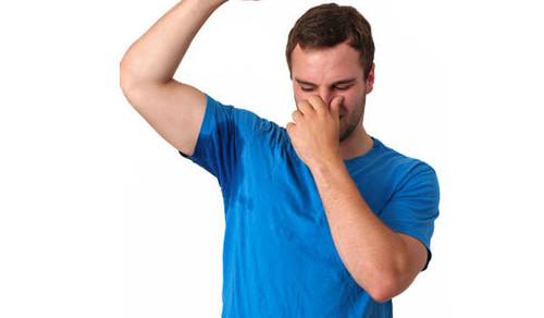 กลิ่นตัวแรง แต่ไม่รู้ตัว ควรทำอย่างไร (1)