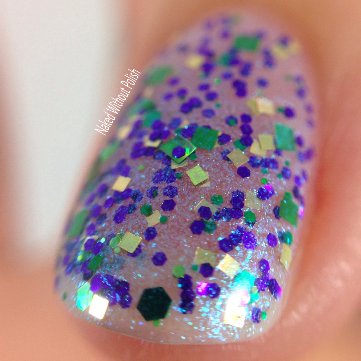 Turtle-Tootsie-Polishes-Elvish-6