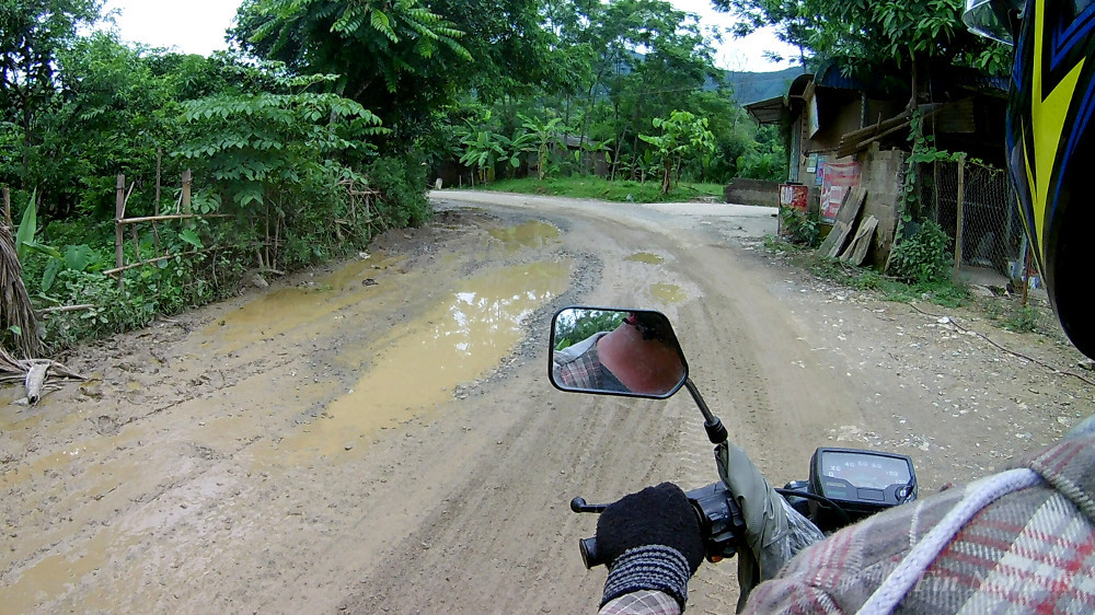 bad road Vietnam