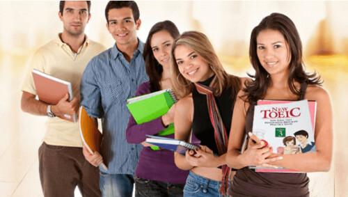 Giáo trình học tiếng Anh giao tiếp ở đâu tốt?