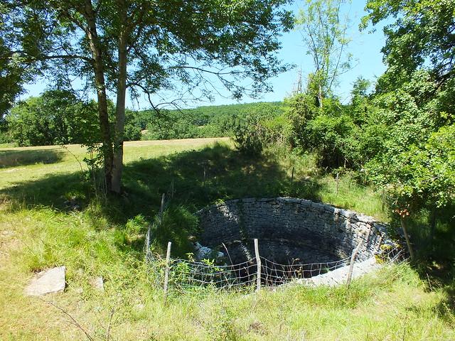 [183-009] Marcilhac-sur-Célé - Le puits romain de La Voulte