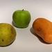 Pera, manzana y mango.