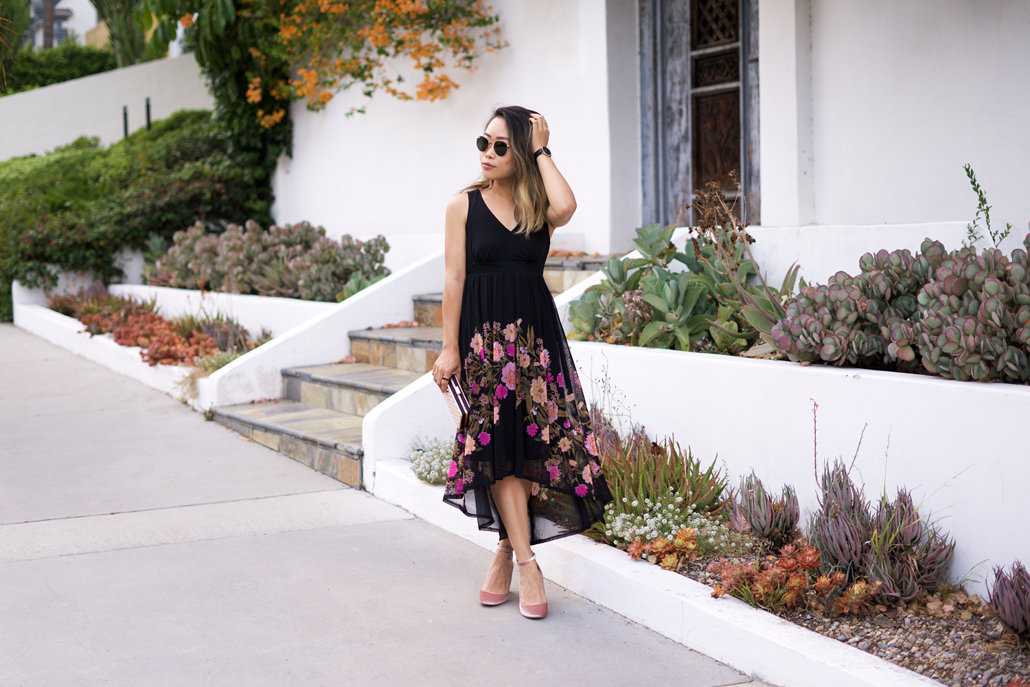 01inc-floral-dress-fashion-style