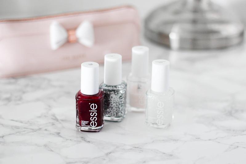 Parhaat kosmetiikkatuotteet blogi essie