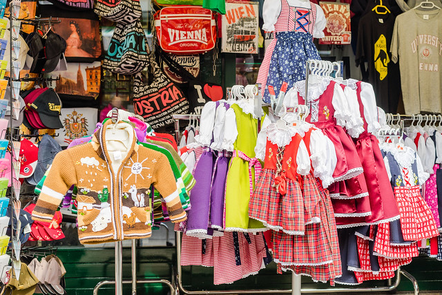 Souvenirs and costumes