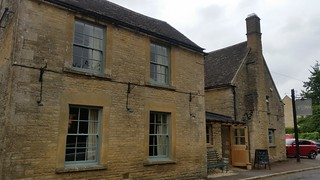 6. The Swan at Ascott under Wychwood- your lunchtime pub