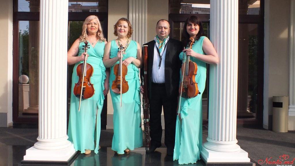 """""""Creativ"""" Cvartet - echipă de muzicieni profesioniști cu o bogată experiență în domeniu."""