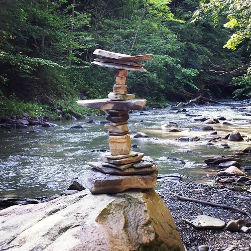 Ommmm. #hunterscreek #hunterscreekpark #wny #eriecounty #summer #nature #hiking #stream #runningwater #stones