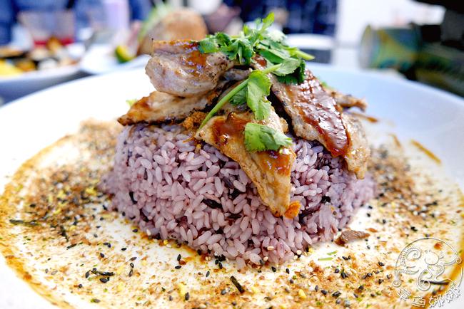 燒肉紫米飯