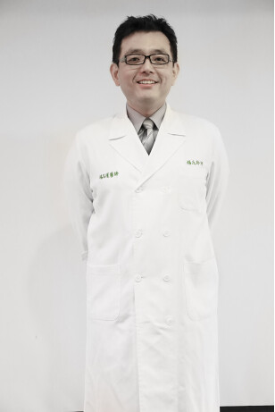 10_植髮後的保養也不可忽視,楊氏羅丹診所楊銘權醫師分享5個生髮保養祕訣_0713138