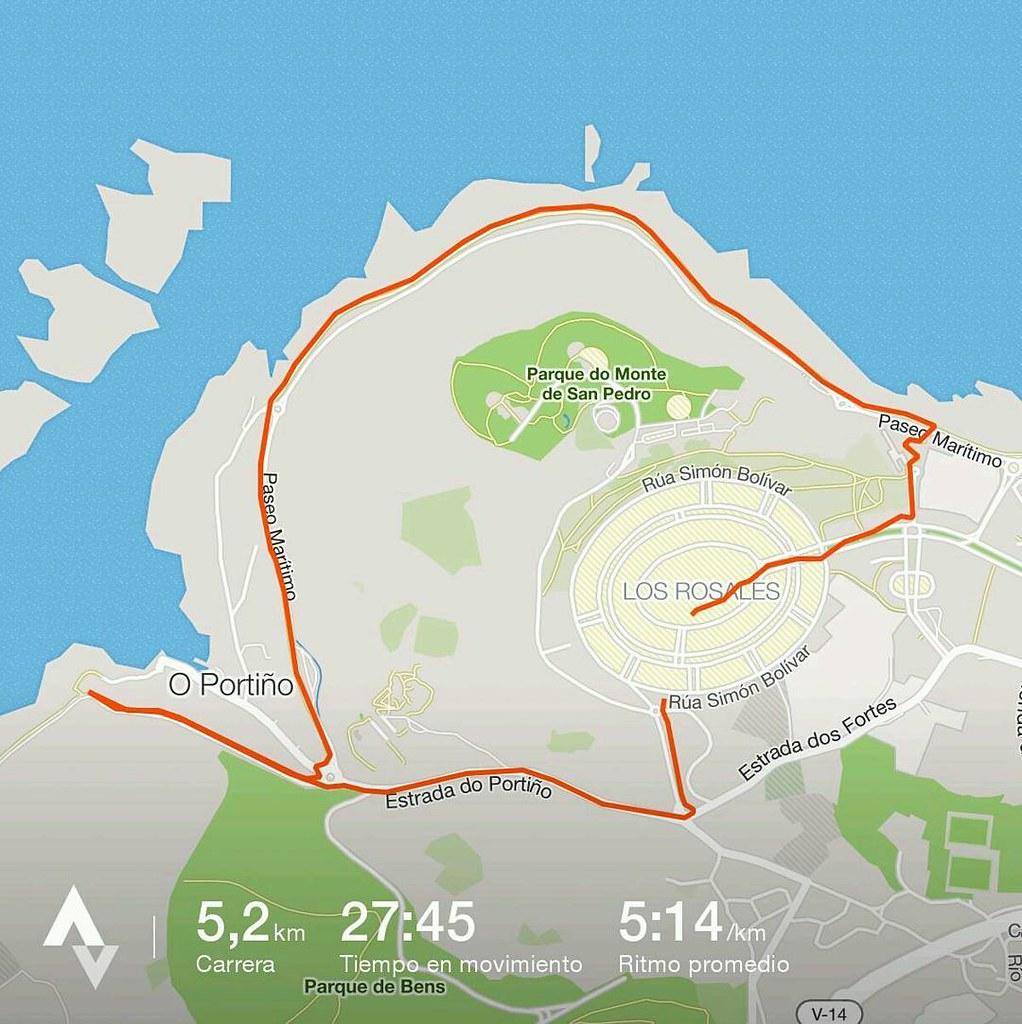Madrugando para hacer unos kms. #running #strava #Coruña
