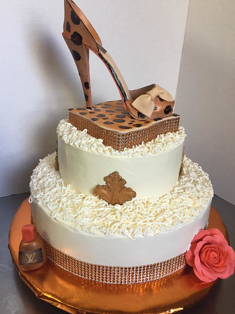Cake by Wilo's Cakes