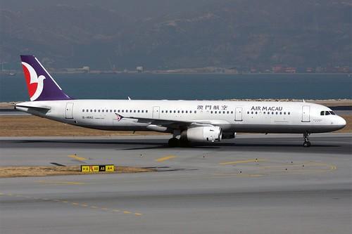 B-MAG A321 Air Macau HKG 20081209