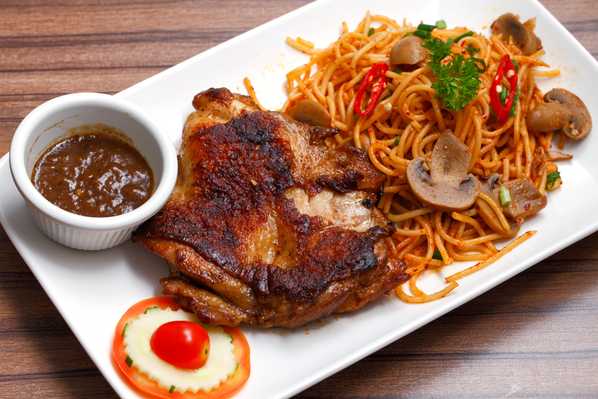 Grilled Chicken Chop with Fried Spaghetti