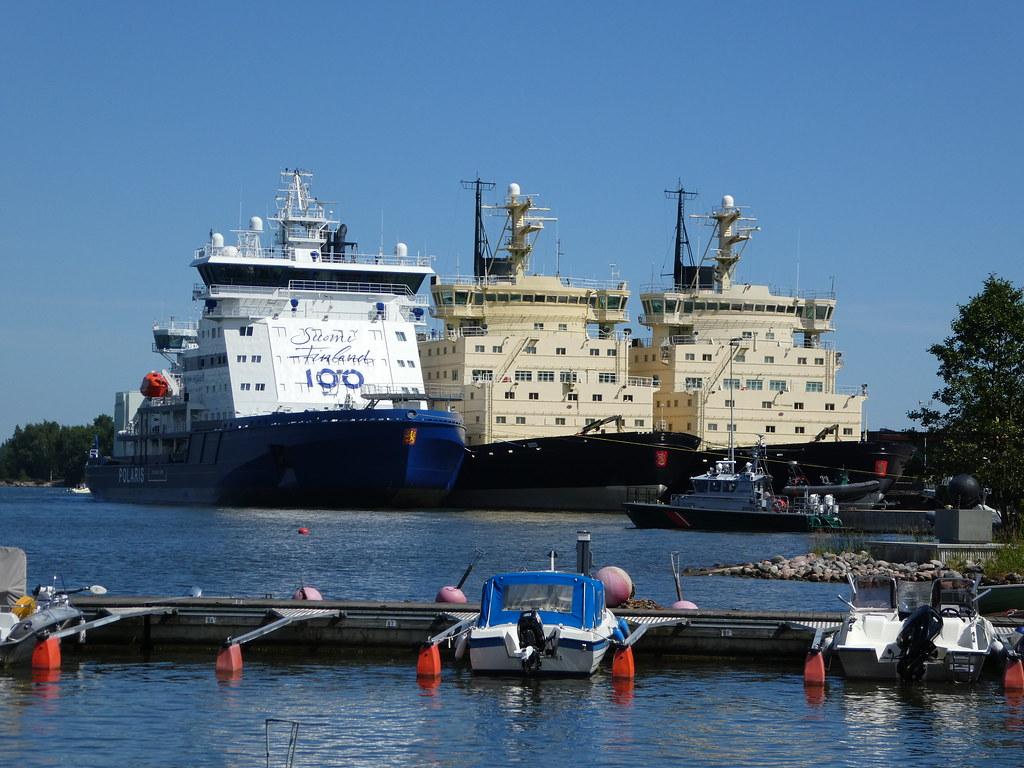 Icebreakers in Helsinki harbour