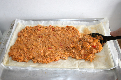 43 - Hackfleischmasse auftragen / Put on ground meat mix