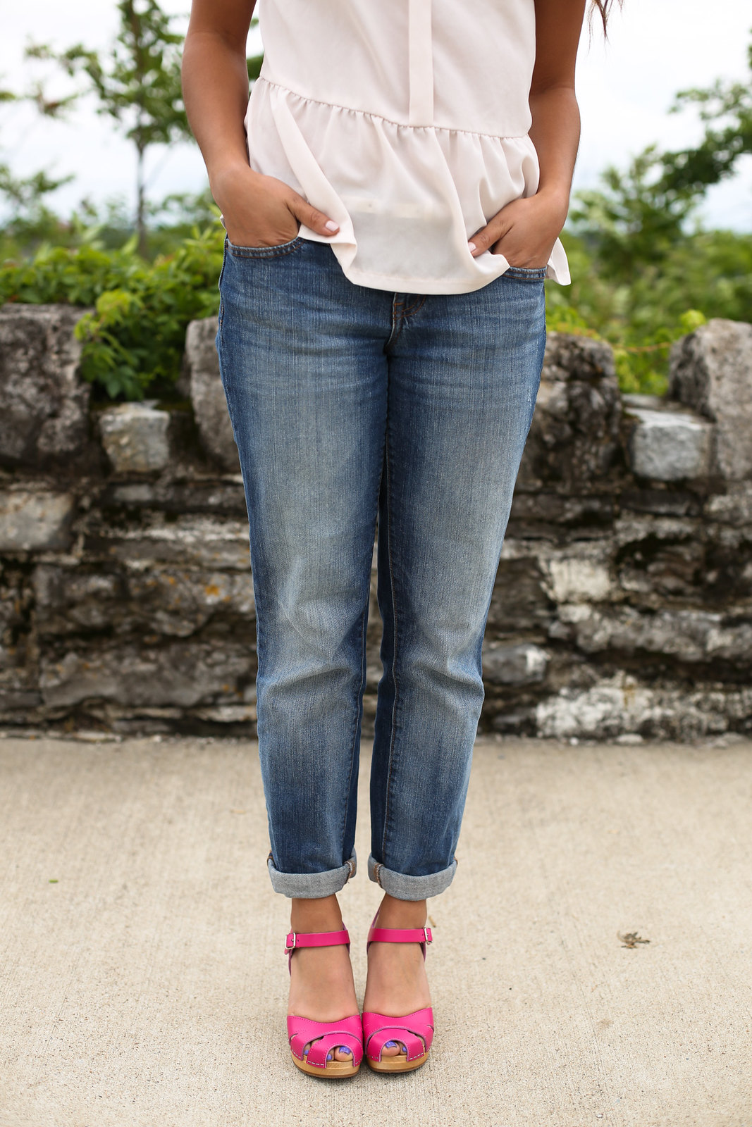 Priya the Blog, Nashville style blog, pink Swedish Hasbeen clogs, boyfriend jeans, blush chiffon blouse, Pink Clog Warm-Up