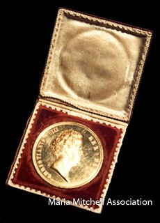 Maria-Mitchell__s-Gold-Medal-from-King-of-Denmark-comet