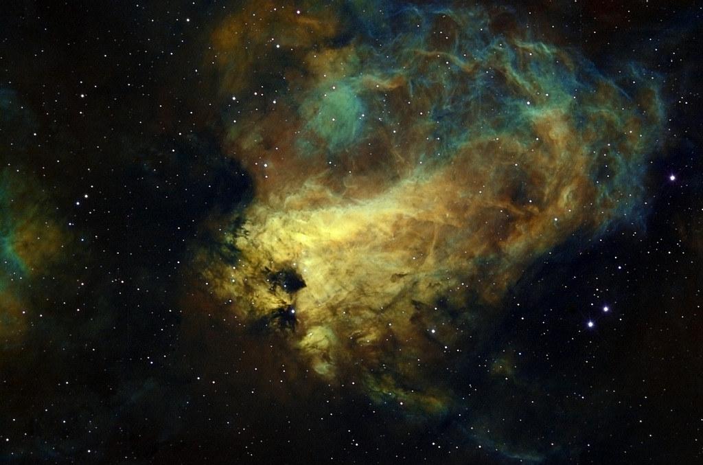 Tinh vân Omega, www.darkskiesimaging.com