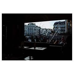 Le Grand Café, Bruxelles . #xpro2 #fujixpro2 #fujifeed #fujifilm #fujilove #myfujilove #fujifilm_xseries #fujifilmusa #fujifilmnordic #fujifilmme #fujifilm_uk #twitter #xf23mm #cafe #window #streetscene #streetphotography #brussels #bruxelles #belgium