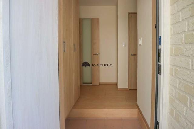 鎌倉の新築戸建・腰越:玄関