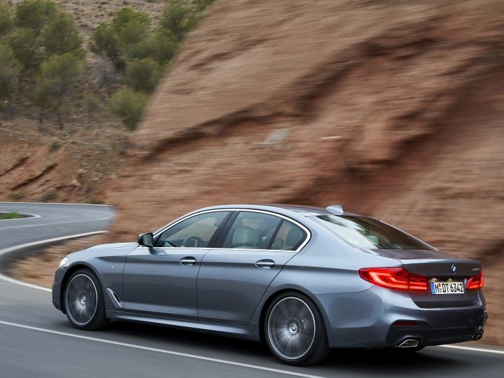 p90237241_highres_the-new-bmw-5-series_720x540
