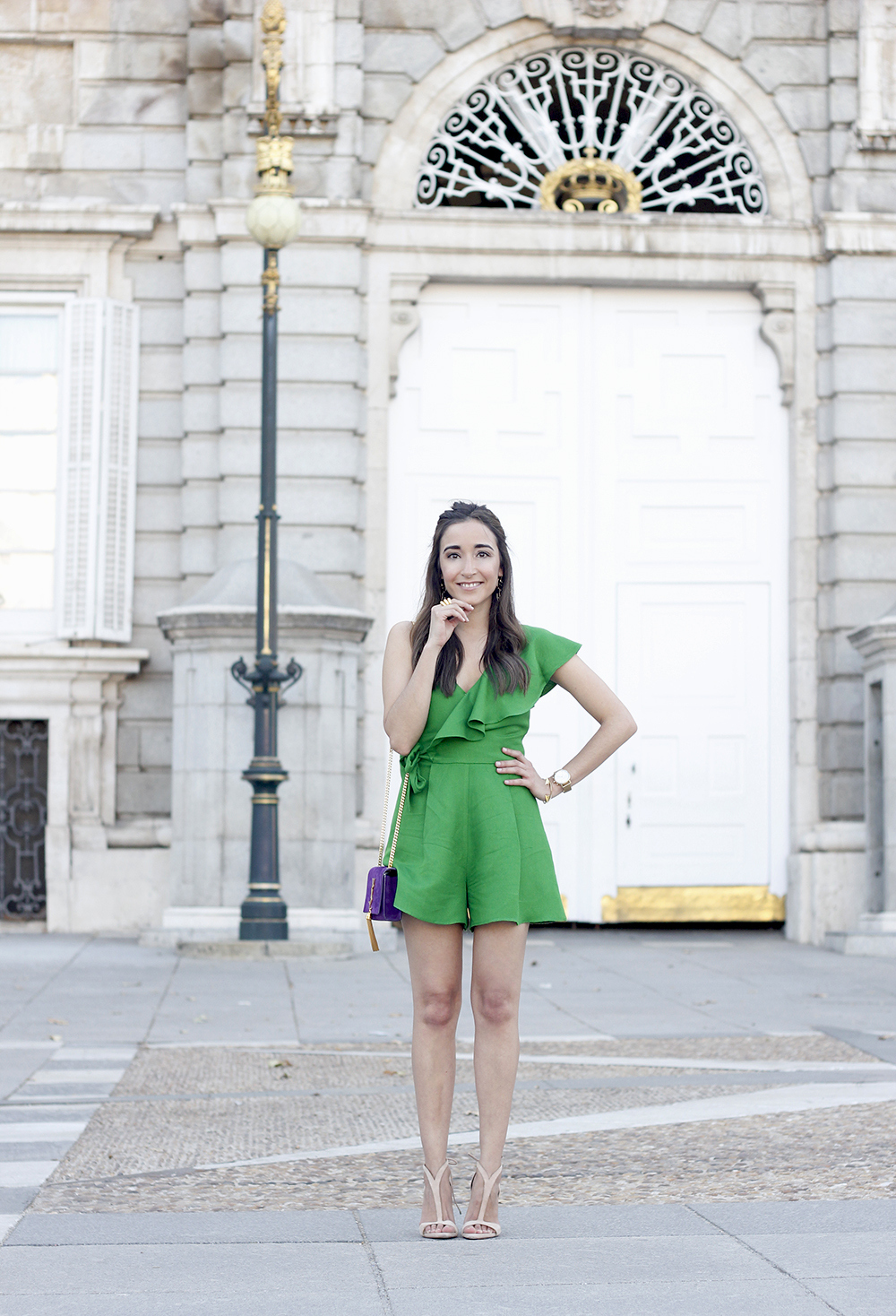 Green jumpsuit ysl bag heels uterqüe accessories summer outfit fashion07